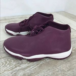 Sz 9 AIR JORDAN Womens Future Bordeaux